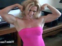 Muscle girl Mandy