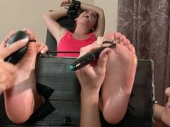 Tickled feet in socks - Nara Lee (tickle czech)