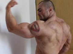 Bodybuilder posing in contest condition (for more see comments below)