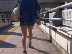 Sexy Legs Walk 023