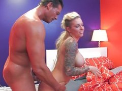Behind the scenes with tatted starlet Christy Mack