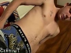 Hot guys and big feet gay full length The boy puts on a cool show,