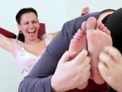 Tickling Sub - Milf Gabriela
