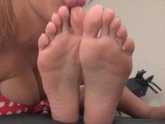 Lesbian foot worship (TA WORSHIP)