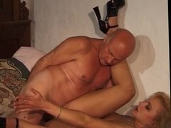 Amateur Milf Wife Fuck Old Man - LostFucker