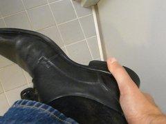 Cum in men's dress shoe