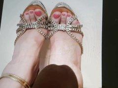 Cum tribute- heels(Getoverhere)