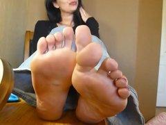 BARE FOOT & Mature Feet 124