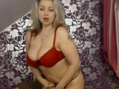 mature busty milf live     oopscams com