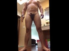 Want to fuck a bear muscle hunk now