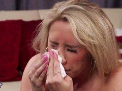 Karlie Simon, Facial & Behind The Scenes