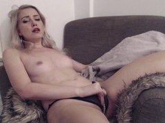 Sexy blonde camwhore talks dirty