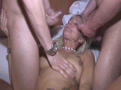 Hot Fisting Hand deep in Lady Twat then Facial Cumshot on chatscams-com