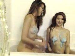 Tifa Bath Lesbian