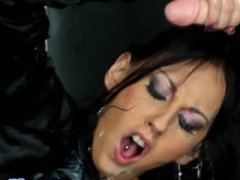 Glam les cum drenched while straponfucking