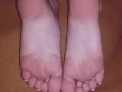 Kylie25 - Feet and High Heels - Intro Teaser