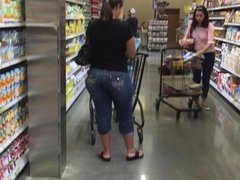 Shopping PAWG 2 of 2