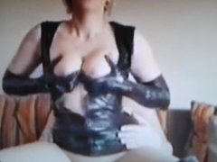 mature milf like it hard