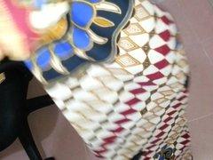Try  to cum on Aunty's lungi Textil Motif Batik AYU 526