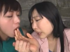 The twist - best asian kissing and licking ever