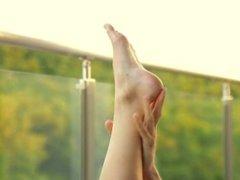 Anita Bellini - Teeny Toes
