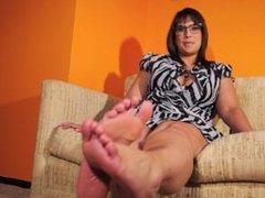 BBW Latina JOI feet