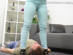 Jamie-Kate humilates her slave with Facesitting