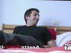 visite chez un couple amateur francais avec 9 cams voyeurs 24 h