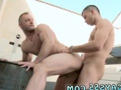 Hd bollywood gay sex photo Muscle Man Fucked In The Ass In Public!