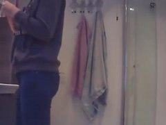 Candid-Teen in Bathroom Sept 2016