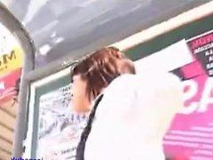 colegiala - filmada por debajo de la falda - upskirts