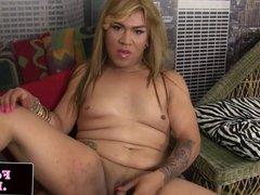 Amateur bigbooty tattooed tgirl solo jerking