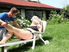 Facesitting and smothering with Monika Blond