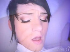 Swallow Salon - Nikki Hearts