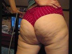sniffin big butt and panties