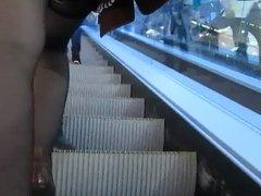 des bas escalator