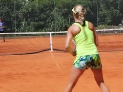 Genie Bouchard practising in portugal