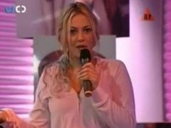 Daniela Blume Sensual Striptease