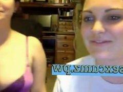 female bodybuilder in progress ( on webcam ) on sexcamz.pw