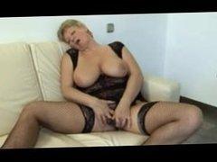 Big Titts Granny R20 ®