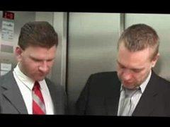 Orgia en el ascensor
