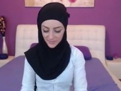 AT WWW.CAM456.COM Live Cams: Free Arab & Amateur Porn Video 27