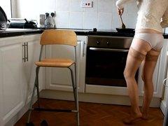 Pee in kitchen