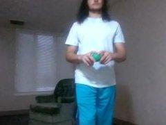 Big Boss Tycoon Juggles 3 Balls like a PRO!