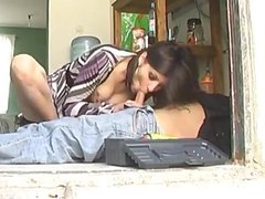 Lorena Sanchez se folla al fontanero