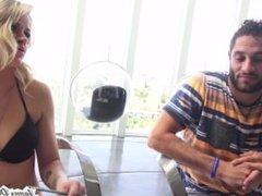 Blonde Babe Jessa Rhodes Shower Sex Tape With Boyfriend