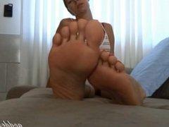 Brazilian Foot Sexy & Goddess Grazi ( Big Feet )