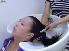 Chinese Salon Backward Shampoo