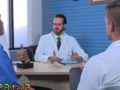 Male male massages with happy endings tube gay Brian Bonds goes to Dr.