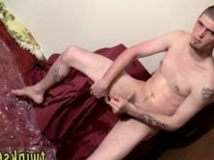 Gay sexy muscular guys pissing Nolan Loves To Get Drenched